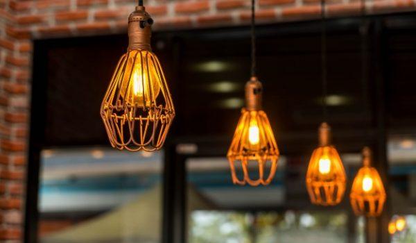 hanging-lamp_1339-2713